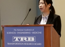 CSHub researcher Xin Xu presents at the Transportation Review Board Annual Meeting